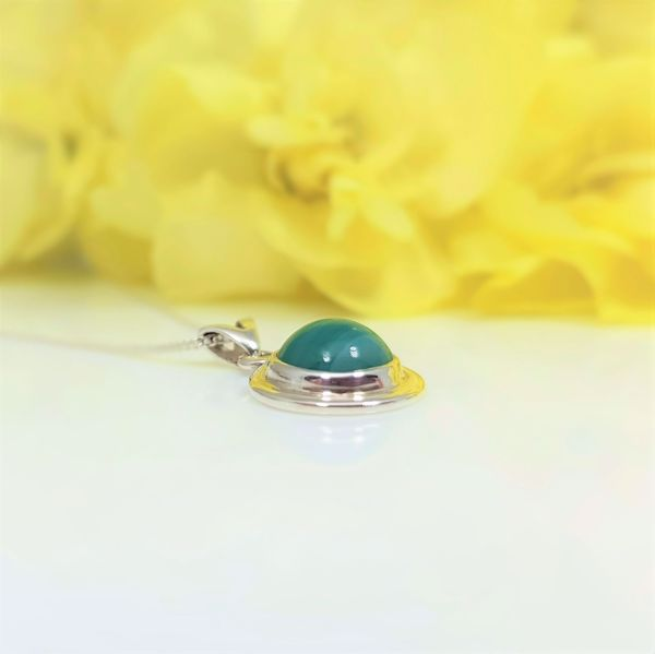 Picture of Green striped agate pendant